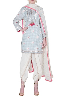 Grey floral embroidered kurta set by GOPI VAID