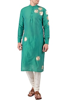 Green Embroidered Kurta by Gaurav Katta