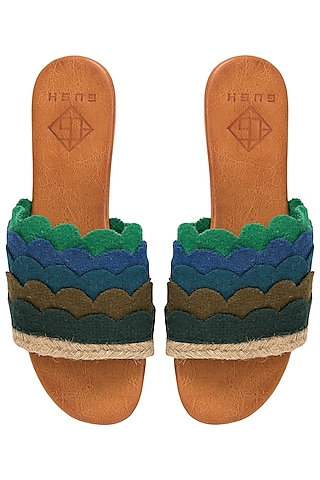 Multi-Coloured Layered Scallop Sliders by Gush