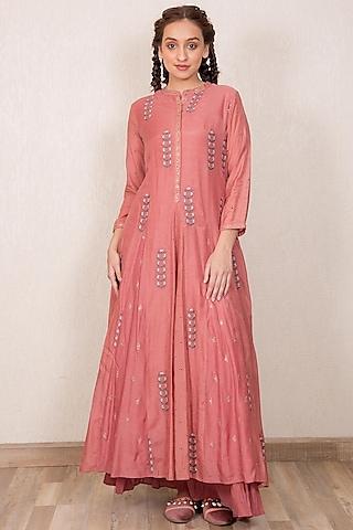 Dusty Pink Embroidered Kurta Set by Gazal Mishra