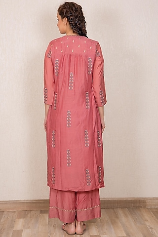 Dusty Pink Embroidered Straight Kurta Set by Gazal Mishra