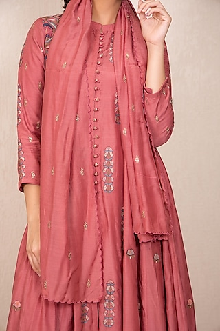 Dusty Pink Embroidered Dupatta by Gazal Mishra