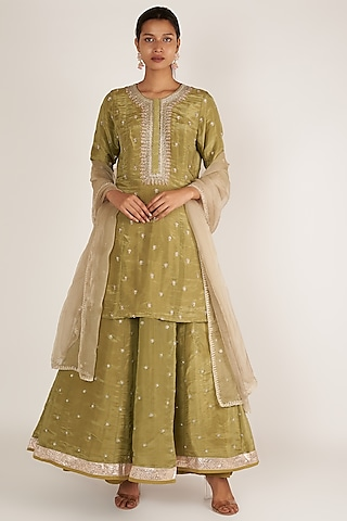 Sage Green Embroidered Kurta Set by Himani And Anjali Shah