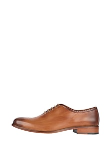 Brown Single Cut Oxford Hand Painted Shoes by Harper Woods