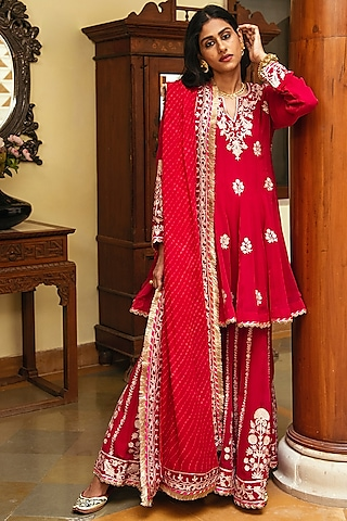Rani Pink Zari Embroidered Gharara Set by Heena Kochhar