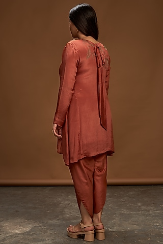 Cinnamon Embroidered Tunic With Pants by Half Full Curve
