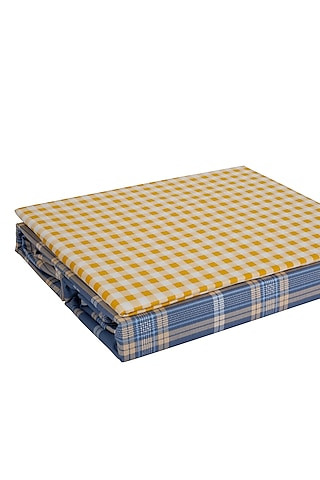 Multicolored Checkered Printed Bedsheet Set by H2H