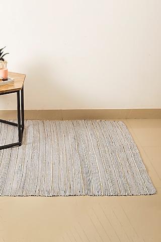 Black Bahama Floor Rug by H2H