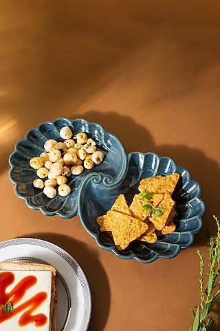 Blue Ceramic Platter With Open Pearl Shell Design by H2H