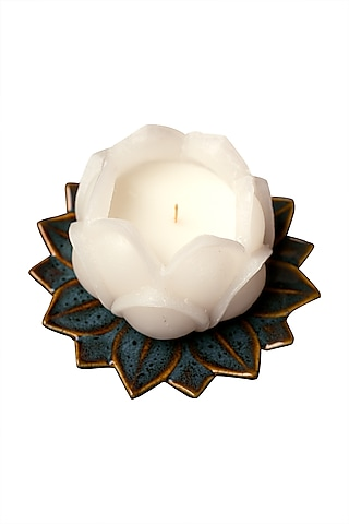 White & Green Scented Candle by H2H