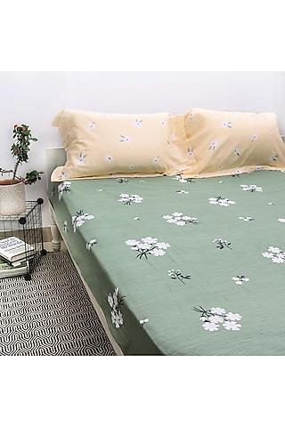 Green & Peach Printed Bedsheet Set by H2H