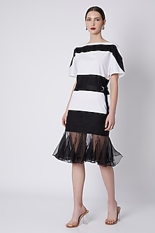 White Monochrome Shift Dress by House of Sohn