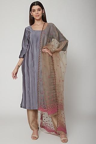 Grey Embroidered Kurta Set by Huemn