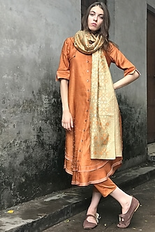 Dust Orange & Gold Embroidered Kurta Set by I AM DESIGN