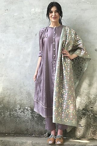 Mauve & Mint Blue Embroidered Kurta Set by I AM DESIGN