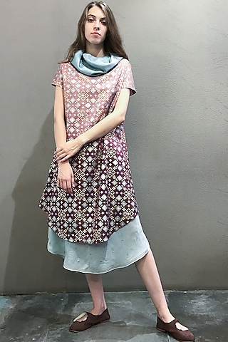 Mauve Printed Kurta Dress With Attached Scarf by I AM DESIGN