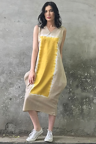 Beige & Mustard Tie-Dye Kurta Dress by I AM DESIGN
