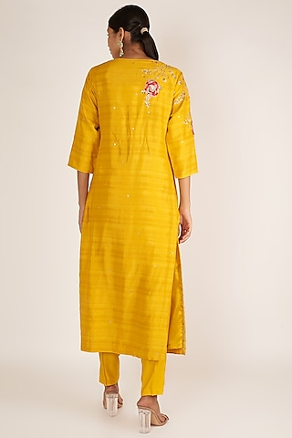 Mustard Embroidered Kurta Set by Ivory by dipika