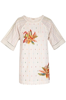 White 3D Embroidered Tunic by Irabira