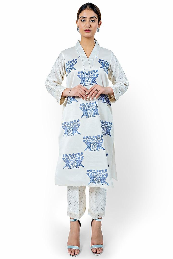 White & Blue Printed Kalidar Kurta Set by Ishreen kaur