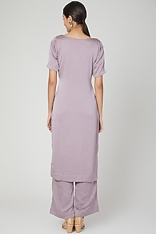 Lavender Embroidered Kurta Set by Isha Singhal