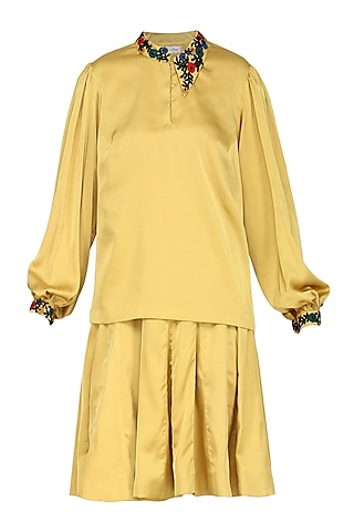 Yellow Retro Top with Skirt by Isha Singhal