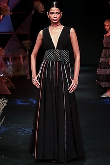 Black Handcrafted Embroidered Gown With Macrame Belt by Jade by Monica and Karishma