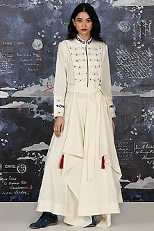Ivory Embroidered Kurta With Pants by Jajaabor