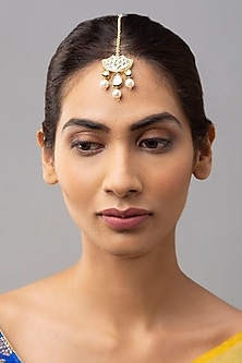 Gold Finish Maang Tikka With Shell Pearls by Joules By Radhika