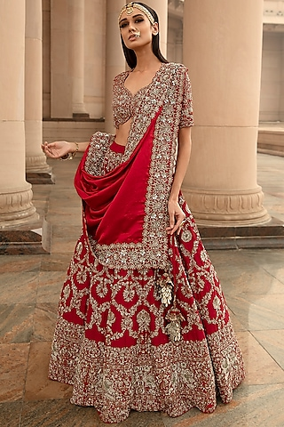 Red Embroidered Lehenga Set by Jayanti Reddy