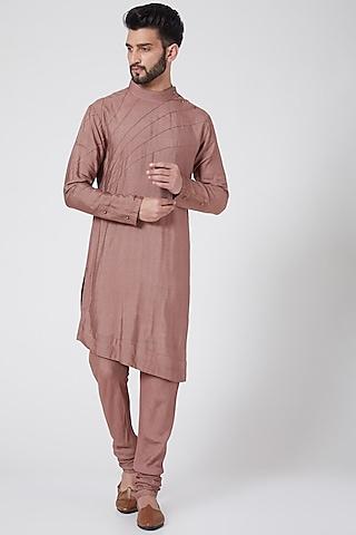 Dusty Mauve Asymmetric Kurta Set by Jatin Malik