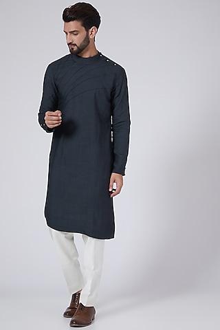 Midnight Blue Asymmetrical Kurta Set by Jatin Malik
