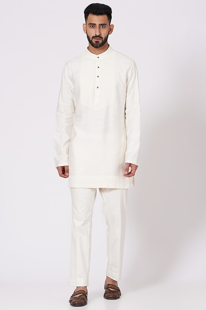 Ivory Slub Silk Kurta Set by Jatin Malik