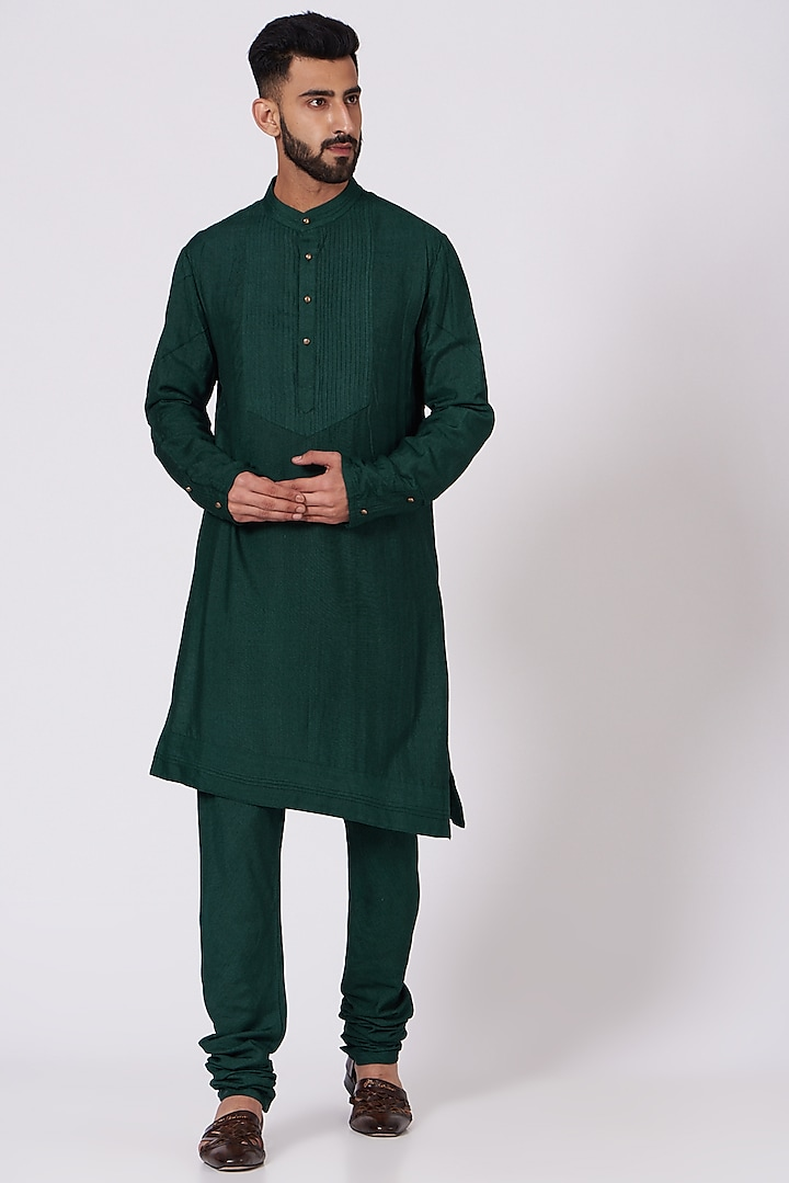 Emerald Green Slub Silk Kurta Set by Jatin Malik