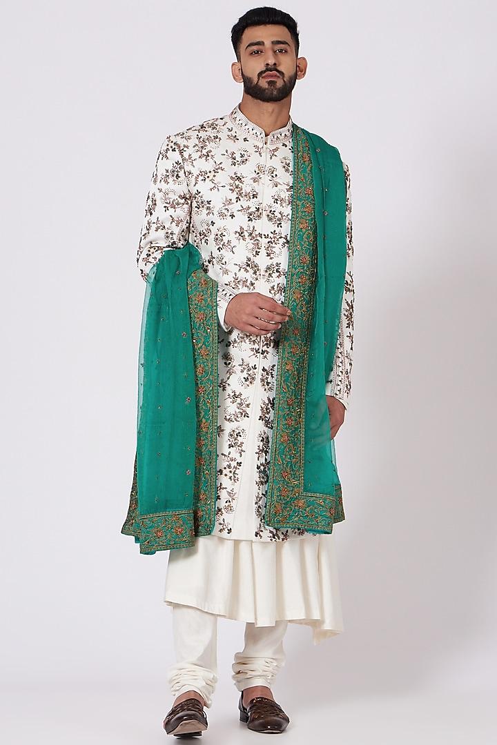 Ivory Embroidered Sherwani Set by Jatin Malik