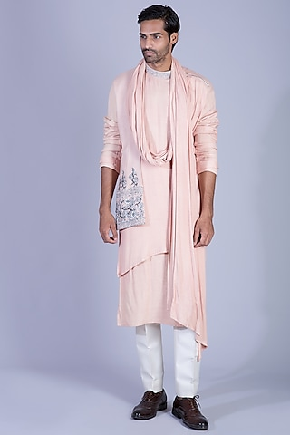 Peach Draped Kurta Set With Attached Stole by Sarab Khanijou