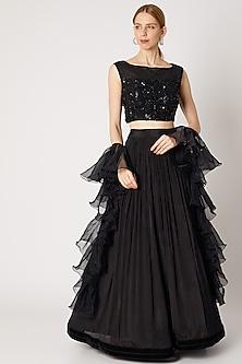 Black Embroidered Blouse & Lehenga Set by Jiya by Veer Designs