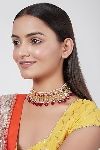 Gold Plated Kundan And Pearl Necklace by Kiara