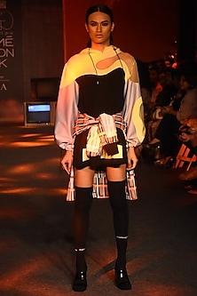 Black Hoodie With Color Blocking by Kanika Goyal