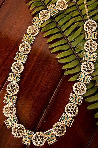 Gold Plated Pearls Mala Necklace by Kaari