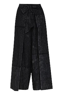 Black Flap Tie-Up Pants by Ka-Sha