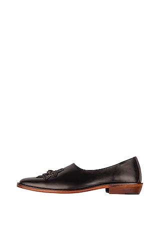 Black Embroidered Cut Mojris by Kavith