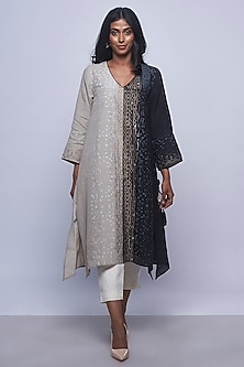 Black & White Printed Embellished Tunic by Kaveri