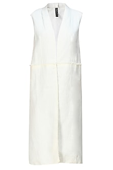 Cream linen khadi sleeveless long jacket by Kapda By Urvashi Kaur