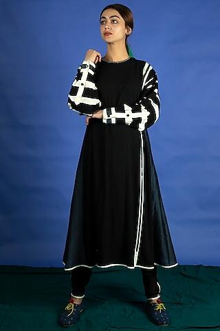 Black Embroidered Tunic With Pants by Ka-Sha