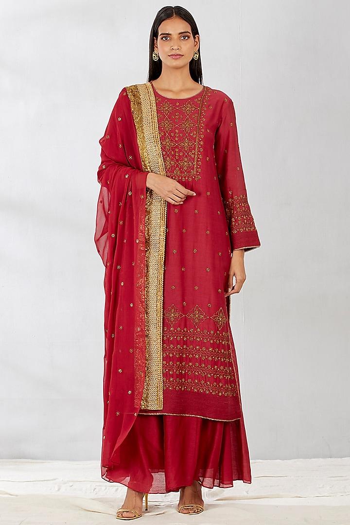 Red Long Kurta Set With Zardosi Work by Kavita Bhartia