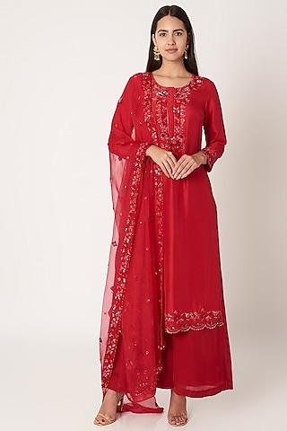 Red Embroidered Kurta Set by Kehiaa by Kashmiraa