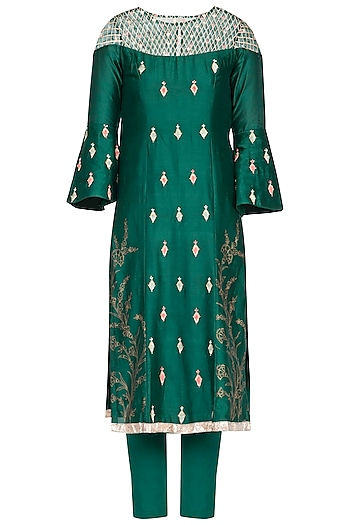 Emerald green embroidered kurta set by KAIA