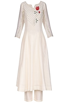 White Rose Embroidered Kurta Set by KAIA