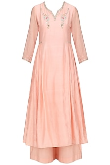 Salmon Pink Embroidred Kurta Set by KAIA